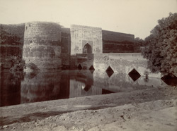 [Asht Dhati or Eight Metals Gate,] North Entrance of the Bharatpore Fort
